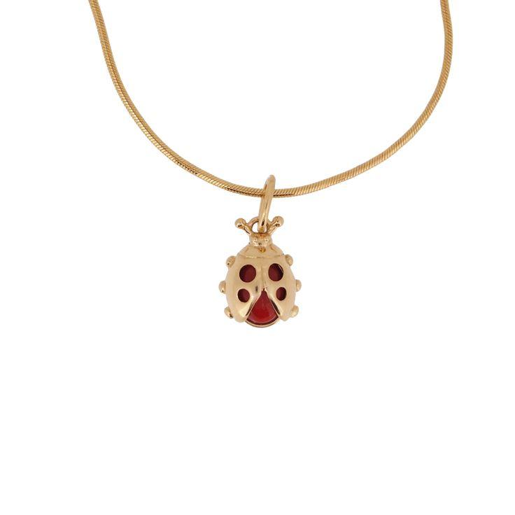 Petit pendentif coccinelle en or jaune 18 carats et en corail rouge de Méditerranée. #modeenfant  #bijouterieenligne #bijouxenor #bijouxargent #boucledoreille #chaineenor #bijouxcorail #célébration #cadeau #occasion #baptême #communion #naissance #bijouxenfant #enligne #gourmette #médaille #portebonheur #bijouxcorailcorse #protecteur #bijouxfantaisie #bijouxmrm  http://www.bijouxmrm.com/celebration.html https://www.facebook.com/Bijoux-MRM-388443807902387/