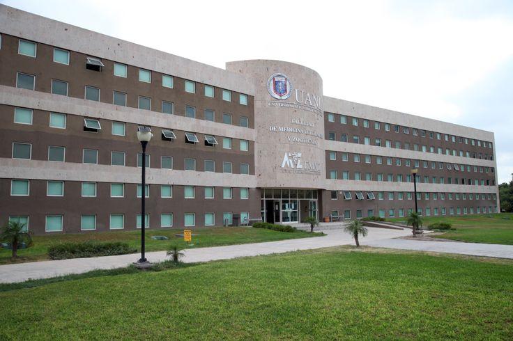 La Facultad de Medicina Veterinaria y Zootecnia está en el Campus Ciencias Agropecuarias en Escobedo, Nuevo León. La FMVZ ofrece la Licenciatura en Médico Veterinario Zootecnista y la Maestría y Doctorado en Medicina Animal. ¡Conócela! http://www.veterinaria.uanl.mx