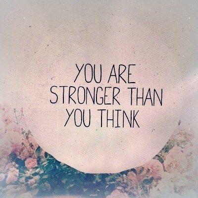 """""""Vous êtes plus fort que ce que vous pensez"""" ;) Ne baissez pas les bras ! Quand on veut on peut ! Never give up ! When we want, we can ! #soshape #soshapechallenge #soshapequotes #soshapemotivation #soshapeinspiration"""