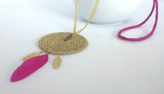 Pink long necklace with pendant and leaves leaves long