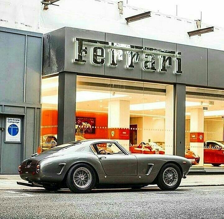 "1,933 Likes, 7 Comments - Vintagecardreams (@vintagecardreams) on Instagram: ""Ferrari 250 SWB . . Photo by @classicroadatelier . . . #porsche #ferrariclassics #car #carlove…"""