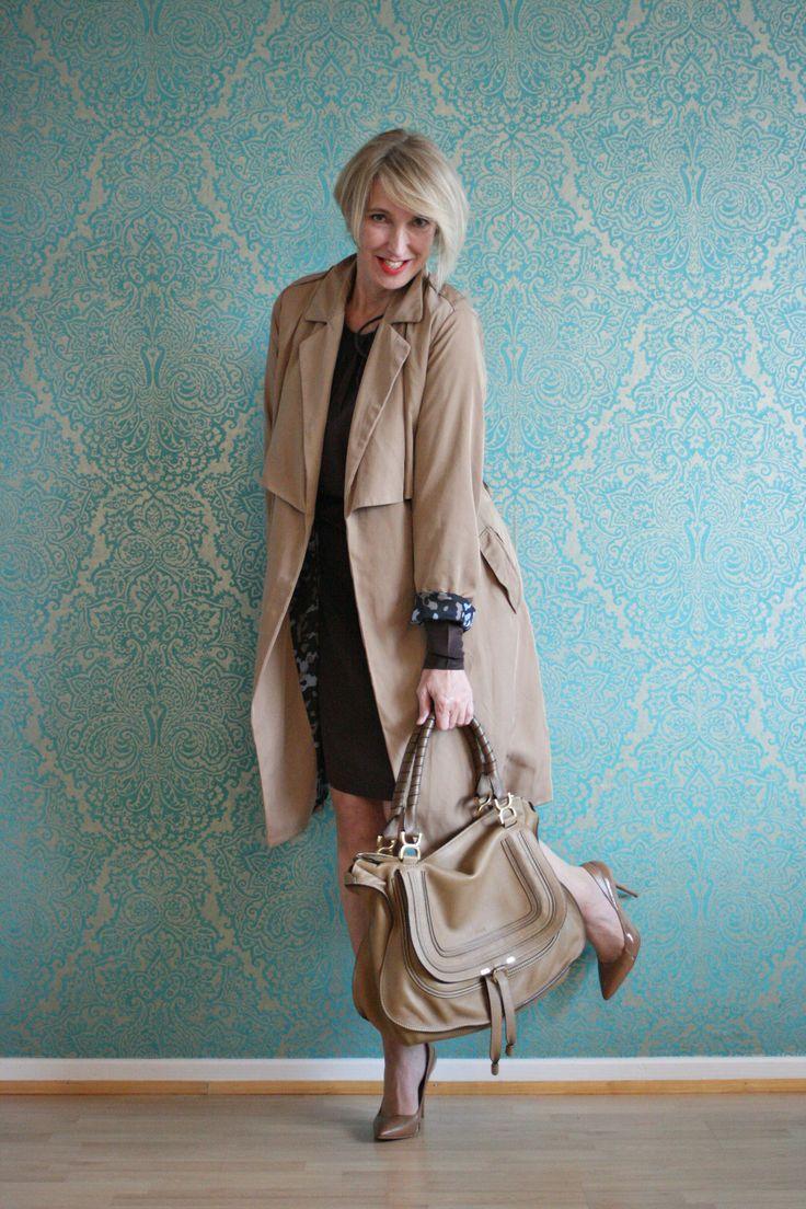 A fashion blog for women over 40 and mature women http://www.glamupyourlifestyle.com/  Trench: Zara Dress: Dorothee Schumacher Shoes: Boss Bag: Chloé