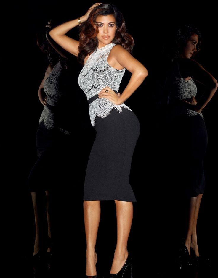 Vücudu sımsıkı saran bandaj elbiseler Kardashian kardeşlerin stillerin imzası haine geldi. Onların tarzlarına kavuşmak için Kardeshian Kollection for Lipsy'ye göz atmanızı tavsiye ederiz.