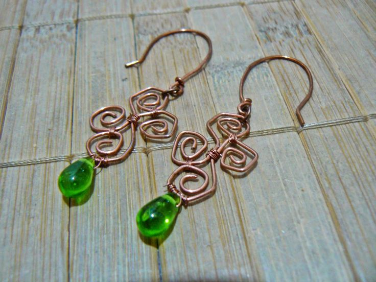 Tybetański Mnich: Zieleń w miedzi, copper, earrings, juicy green, green, wire wrapping