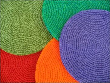 Individuales y platos de sitio tejidas a crochet. - Avisitos, avisos gratis de compra y venta sin comisión en Argentina