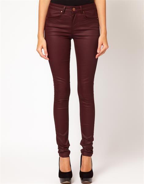 Узкие коричневые джинсы женские