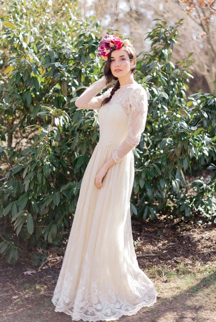 Gorgeous vintage wedding dresses from Gossamer http://www.shopgossamer.com/