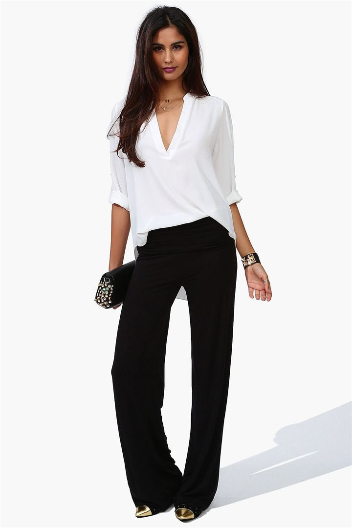 White blouse with black breeze clothing for White shirt with black