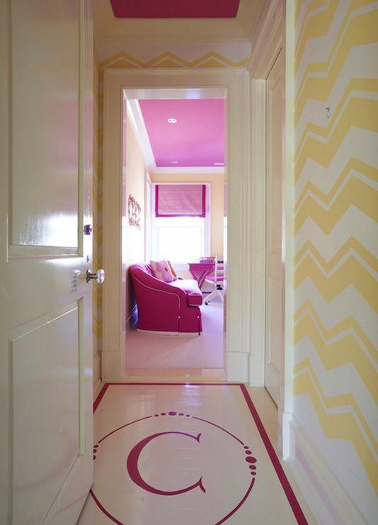 die besten 25 rosa zickzack w nde ideen auf pinterest stadt stil leinwand kunst glitter. Black Bedroom Furniture Sets. Home Design Ideas