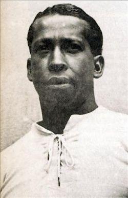 José Leandro Andrade Олимпийские Игры Золотая Медаль (2):1924, 1928 Чемпионат мира по футболу Победитель:1930 Чемпионат Южной Америки Победитель (3):1923, 1924, 1926