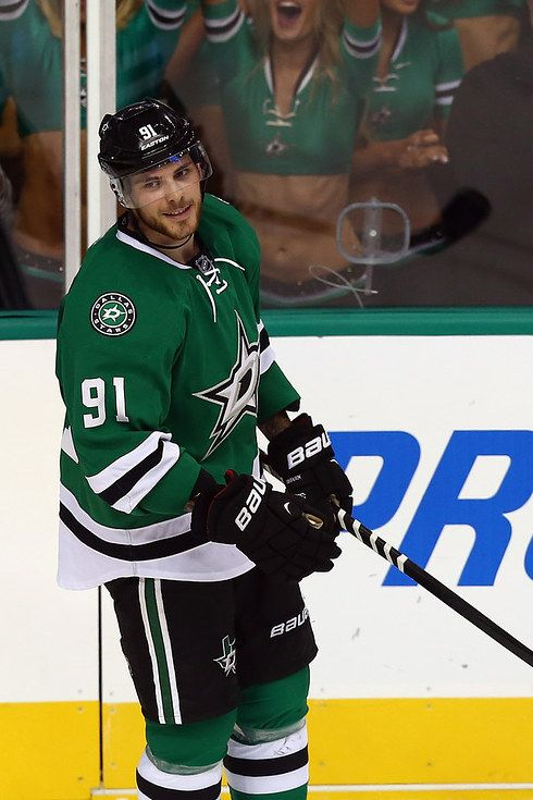 Tyler Seguin (Dallas Stars) | 26 Hockey Players Who Are Hot As Puck