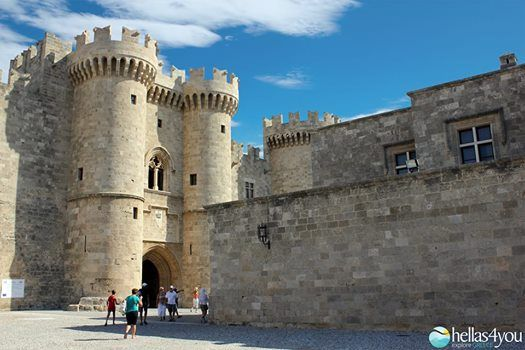 Rhodes, the island of the Knights. Let Know the Old City and make a trip during the ages! It is the only medieval town in the world kept untouched. The time respected the beauty and her unsurpassed brilliance that travel visitors in the 14th century, in the age of the Knights.