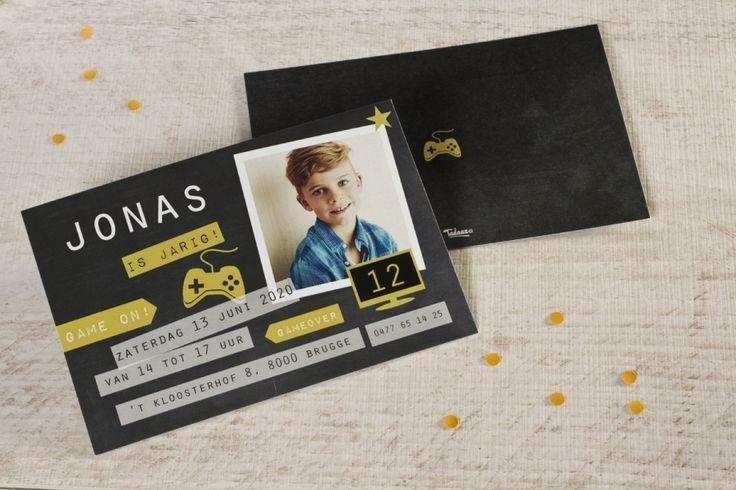 Stoere rechthoekige fotokaart gamen | Tadaaz #uitnodiging #jongen #gamen #zwart #foto