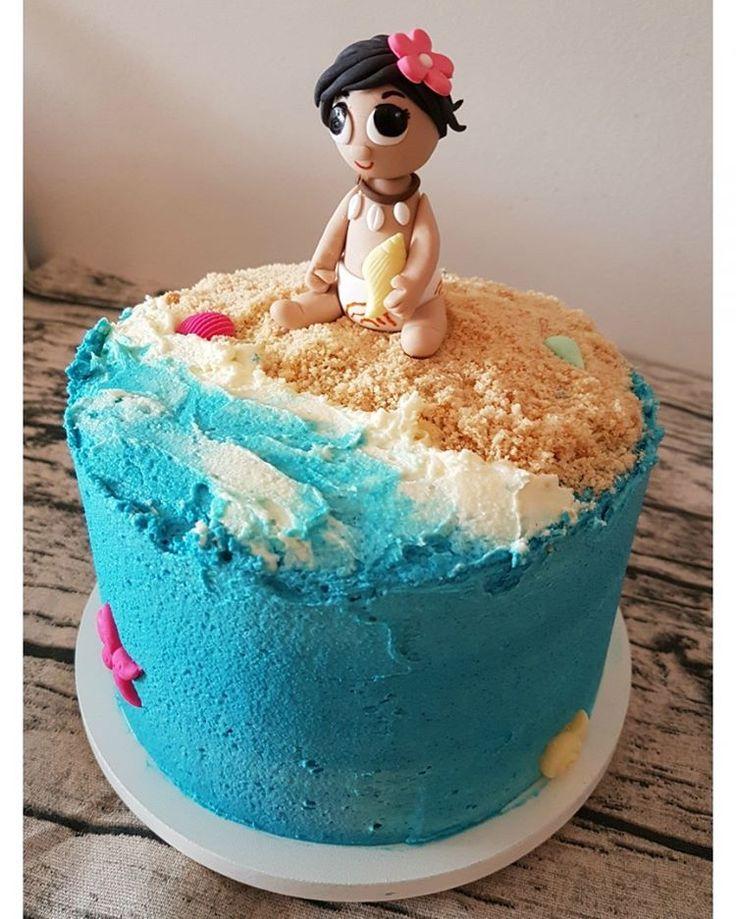 Bolo Moana para o aniversário de uma menina mega especial! 🌺🌊 . Orçamentos e encomendas: 💌 E-mail: contato@bolosdacintia.com 📞 Whatsapp: (11) 96882-2623 . #bolosdacintia #bolo #moana #bolodecorado #bolopersonalizado #festademenina #bolodeaniversario #buttercream #praia #bolopraia #beachcake #moanacake #cake #cakedecorating #cakeboss #cakedesigner #disney