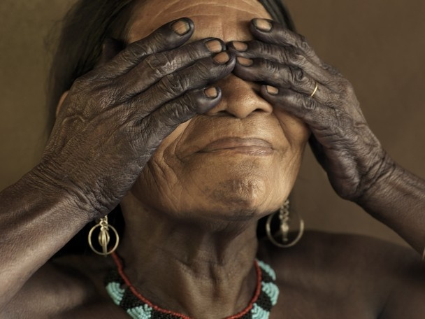 Piers Calvert // Indigenous Embera Woman / Bahia Solano, Chocó, Colombia