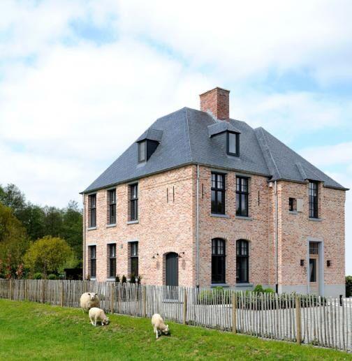 25 beste idee n over bakstenen huis kleuren op pinterest bakstenen huis sierrand - Graham en bruine behang ...