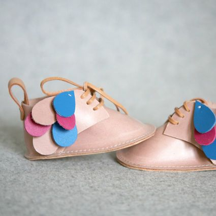 These are SO cute <3 Babyshoes by Kuula+Jylhä #finnishdesign #weecos #sustainable #Kuula+Jylhä