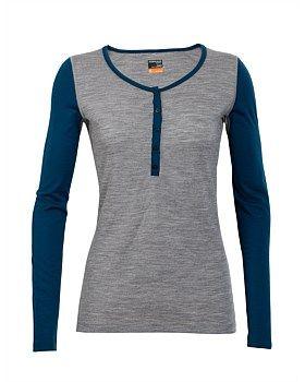 The Icebreaker Oasis Long Sleeve Henley top is lightweight, fashionable yet flattering base layer. Buy Now: http://www.outsidesports.co.nz/Icebreaker/Womens_Icebreaker/Baselayer/IB100516/Icebreaker-Oasis-Henley-Top---Women's.html#.VtjqLfl96Uk