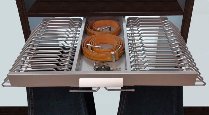 18 mejores im genes sobre armarios en pinterest b squeda for Accesorios para interiores de armarios de cocina