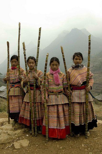 Flower Hmong Children of Vietnam by DarrenWilch, via Flickr