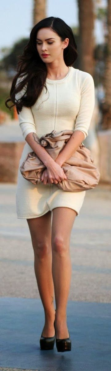 Stunning white street style outfit for women