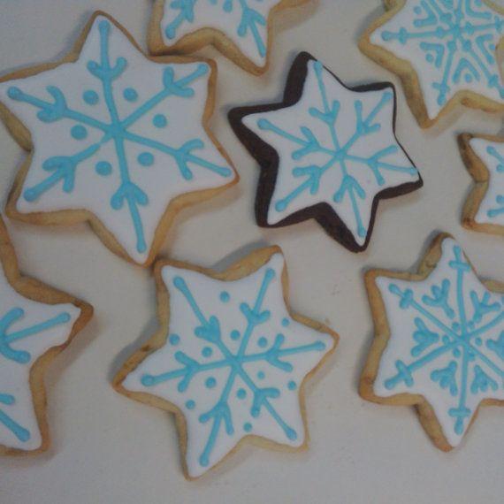 One Dozen 12 pcs. Snowflake Sugar or by MadameGingerbread on Etsy