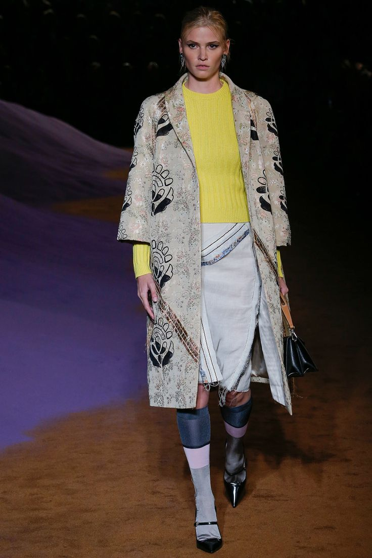 Prada Spring 2015 Ready-to-Wear - Collection - Gallery - Look 27 - Style.com