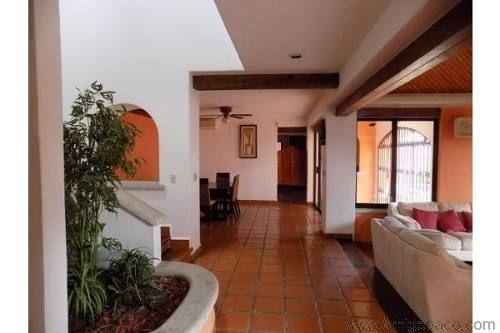 Crm 194 245 excelente casa a la venta estilo colonial - Casas con estilo ...