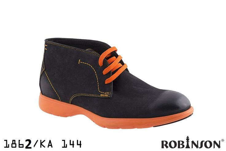Everything you need to know about men's shoes! Find your perfect fit at robinsonshoes.gr/