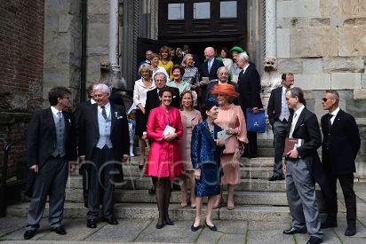 Members of the dutch Royal family leave the cathedral of Piacenza at the end of the baptism of the Netherlands' princess Cecilia Johanna Maria Beatrix de Bourbon de Parme on April 5, 2014.