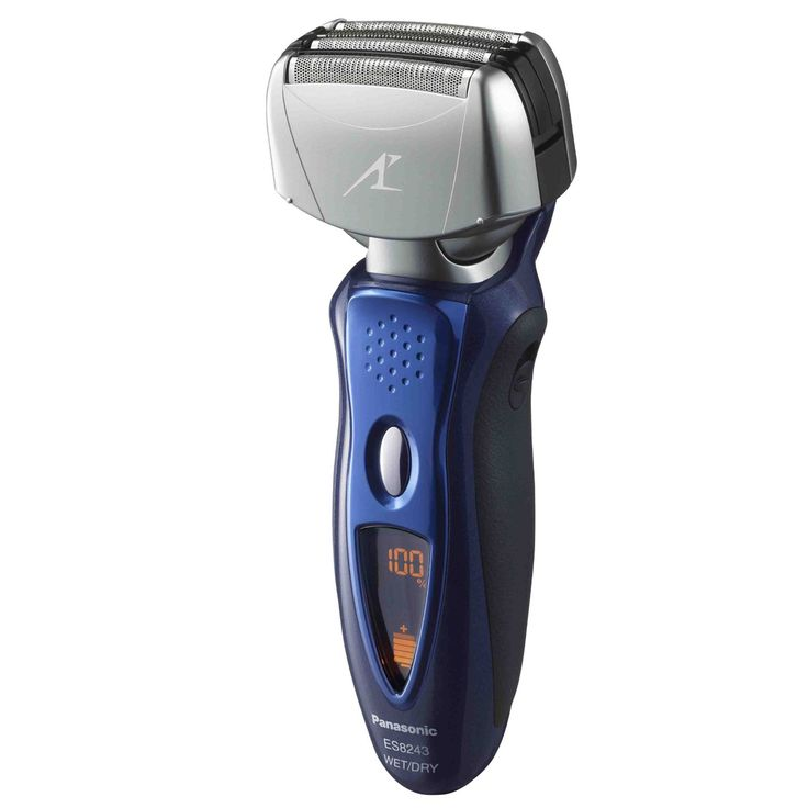 Personal Edge : Panasonic ES8243 Rechargeable Shaver With 4 Blades Nanotech
