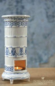 Miniaturka piecyka w stylu holenderskim / A dutch style tile stove miniature   http://qukeria.pl/?p=323  źródło zdjęcia:chabrowepole.pl
