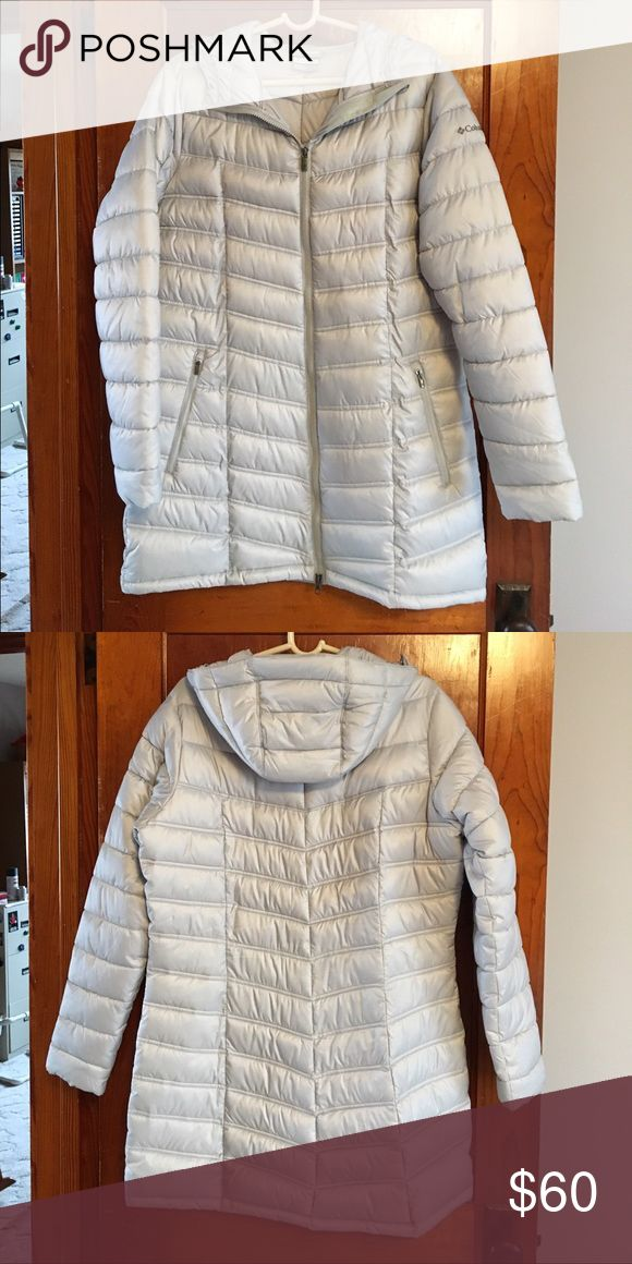 Mid-Length Columbia Coat Beautiful Light Gray Columbia Coat. Features zipper front closure, zip side pockets, and hood. Mid-length. Size L. Excellent like-new condition! Columbia Jackets & Coats Puffers