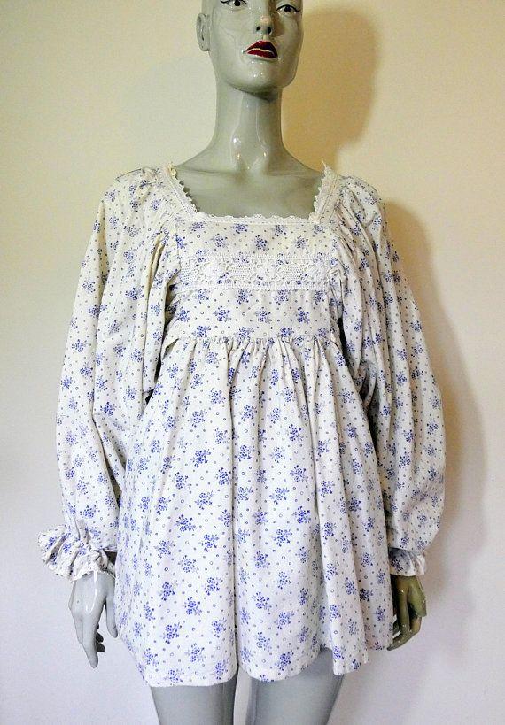 ba55474fcb1 Vintage Laura Ashley, White & Blue,Floral, Peasant, Regency, Blouse, Tunic,Top,  Size 12