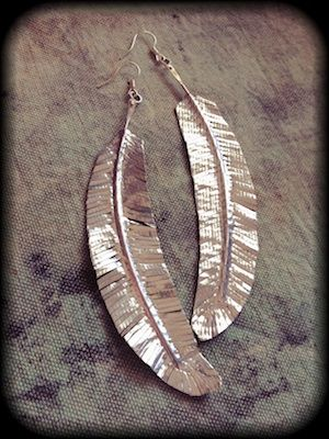 Make this stylish duct tape feather earrings in this video tutorial from Tonia Jenny, author of Duct Tape Discovery Workshop!