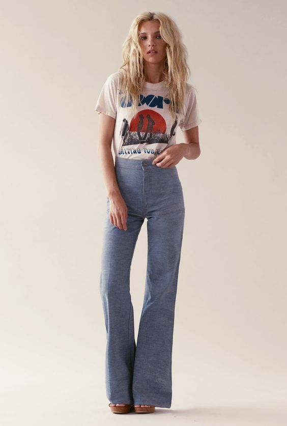 High waisted 70s flare jeans