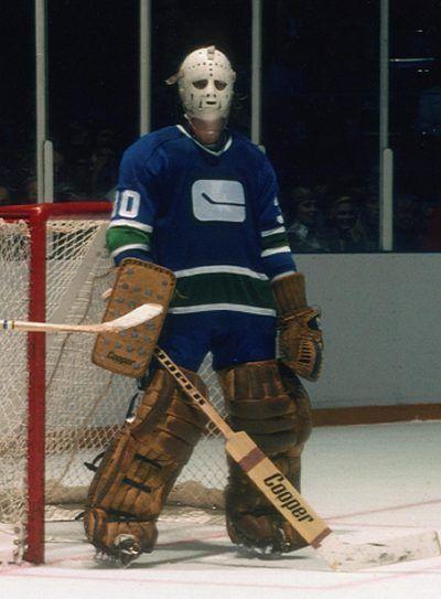vintage vancouver canucks | Ken Lockett, Canucks | Hockey - Old School Goalie Masks ...