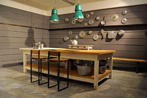 Interior design recupero tavolo da lavoro con struttura in - Tavolo lavoro cucina ...