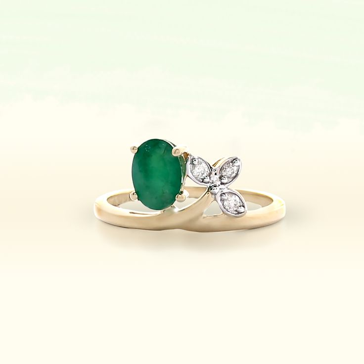 Emerald Ring with Diamonds in 9K Gold   Gemporia India