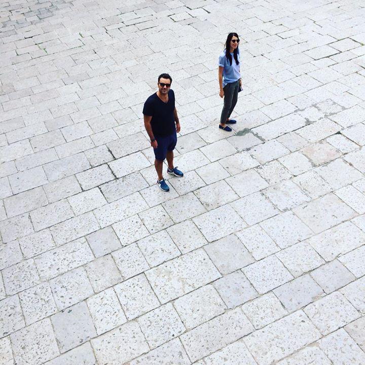 Palermo nel cuore e negli occhi ❤️ Colori caldi, voci alte, strade affollate, luci basse, santuzze e luminarie. Indelebile e da scoprire ancora e ancora. Sicilia bedda