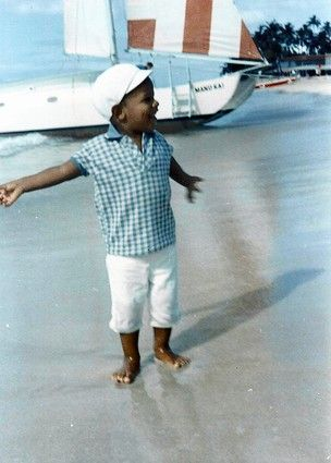 Little Barack Obama on Waikiki beach, 1967