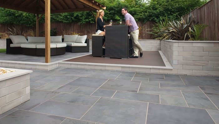 Fairstone Slate Casarta, Silver Grey with Fairstone Sawn Walling, Silver Multi