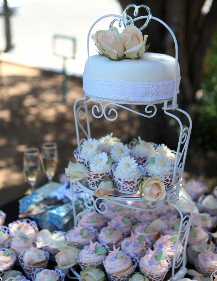 wilton wedding cake stands 3 tier wilton graceful tiers cake cupcake stand 3 tiers 27535