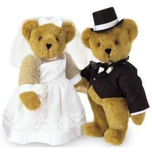 Bride and Groom Teddy Bears | ... ably Cute Engagement Party: Teddy Bears » teddy-bears-bride-and-groom