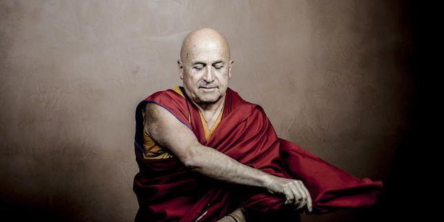 Les pratiques bouddhiques seraient un antidote au narcissisme destructeur de l'époque. C'est ce que défend Matthieu Ricard, docteur en génétique et proche collaborateur du dalaï-lama.