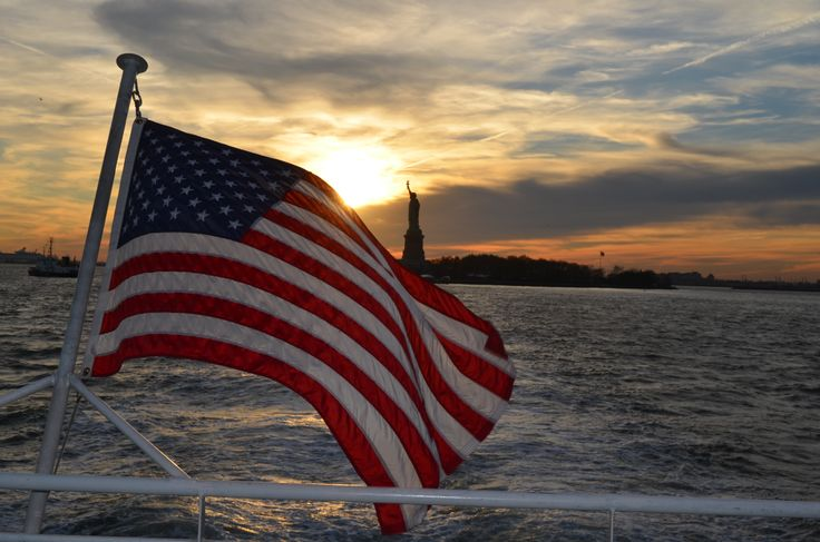 Statue of Liberty ~American Flag