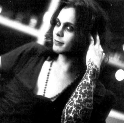 Ville Valo, his voice is unique...!
