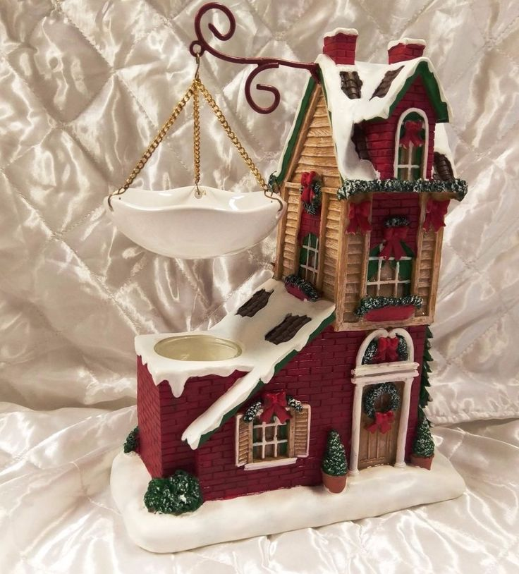 Yankee Candle Red Holiday House Christmas Winter Hanging Tart Warmer Retired #YankeeCandle #Holiday