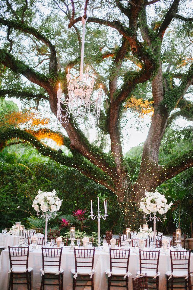 Clic Outdoor Wedding Kerry Matthew At Villa Woodbine