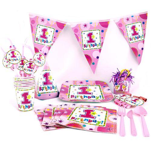 Çocuğunuzun ilk yaş doğum günü partisini unutulmaz kılmak ya da sürpriz bir parti hazırlamak istiyorsanız, sizin için bir partide kullanılabilecek tüm ürünleri bir araya toplayarak size 16 kişilik bir set hazırladık.  16  adet pink tabak 23 cm 16 adet pink bardak 180/200 ml 16  adet pink peçete 33 x 33 cm 1 adet  PEMBE  masa örtüsü 137 x 274 cm 1 yaş Flama Bayrak 3,65 cm 25 adet karışık renklerde 1 yaş balon 16 adet pembe pastel çatal 16 adet pembe pastel bıçak 16 adet pembe pastel kaşık